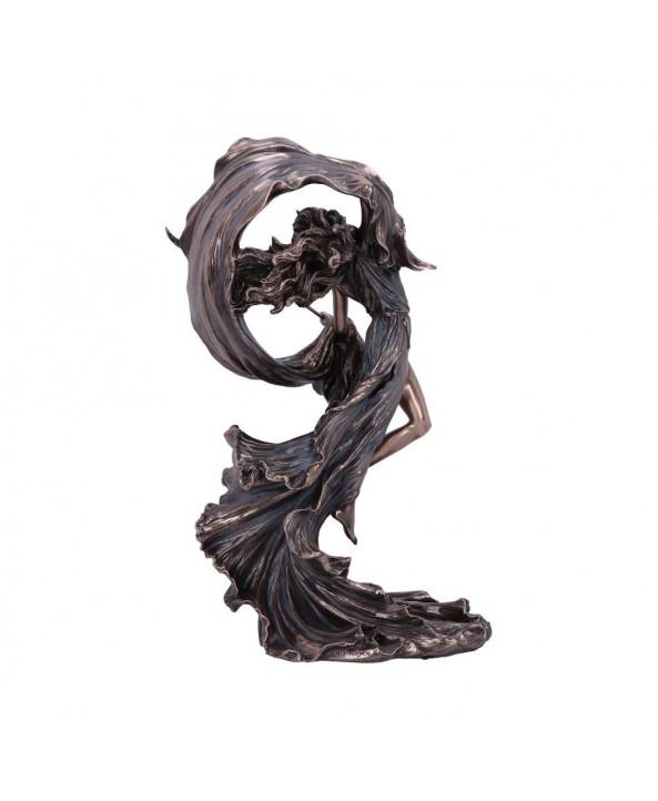 Nyx Statue